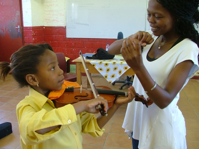 Noluvuyo teaching at Sonwabo Primary